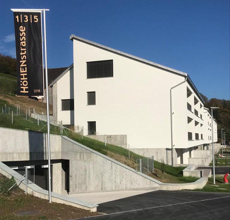 Einfahrt-zur-Hoehenstrasse-Eschenbach